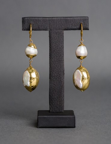 Gold plated drop earring...