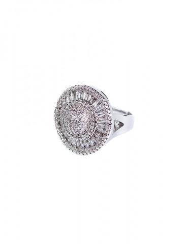Silver ring in roseta...