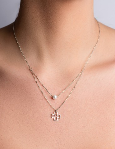 Νadia layering cross necklace