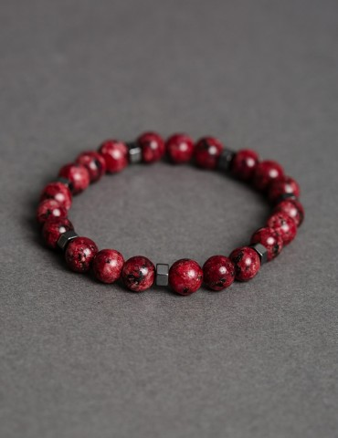 Red bracelet and details in...