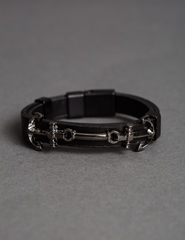 Βlack leather bracelet with two silver anchors