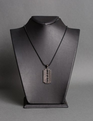 Βlack chain necklace Razor