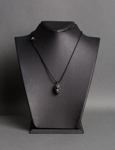 Βlack Skull black necklace