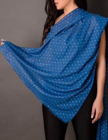 Βlue shawl with silver...